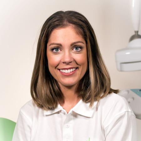 Sofie Bergman, Tandläkare